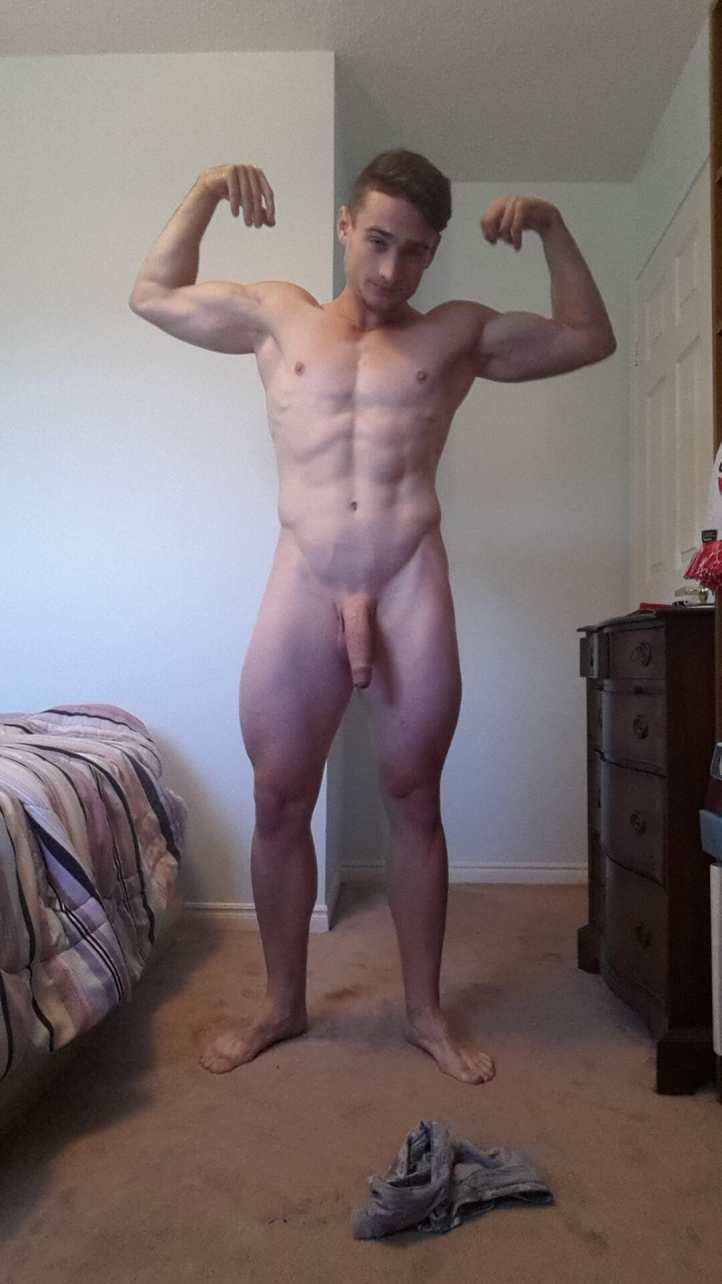 Lads shaved hung cock pics, pubescent sexy girls